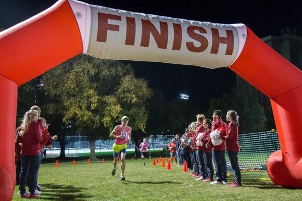 Homecoming 5k finish line